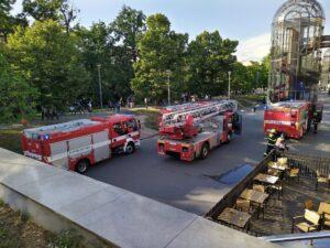 foto Jan Šoc, požár zázemí prodejny hlavní nádraží v Praze