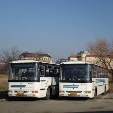 odstavené autobusy Tourbus z dálkových linek do Českých Budějovic a Jeseníku