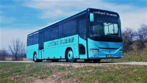 Autobus United Buses symbolizující jediné spojení s Brnem