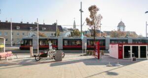 Stanice Wien Mobil ve čtvrti Simmering z roku 2018 (bez kol WienMobil Rad, s původním systémem CityBike) © Manfred Helmer